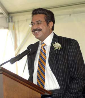 shahid_khan_st.Louis_Rams_New_Owner
